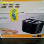 Unboxing An Electrolux Bread Toaster