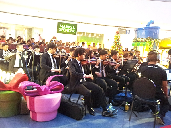 Manila Philharmonic Orchestra at SM The Block