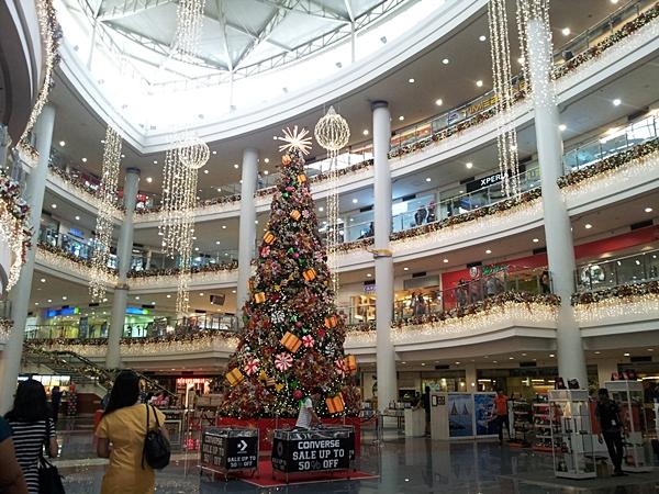 Robinsons Place Manila Christmas Tree