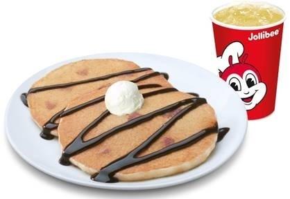 ChocoNut-Pancake-with-Drinks