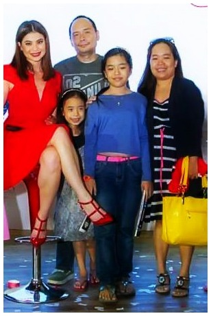 famphoto with ann curtis