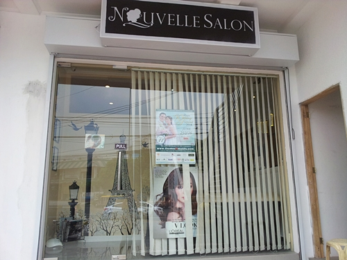 Nouvelle Salon Entrance