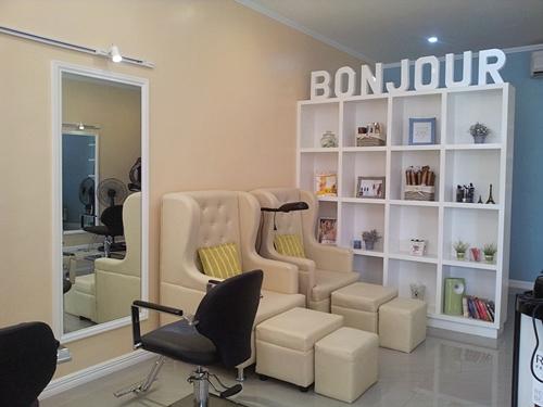 Nouvelle Salon