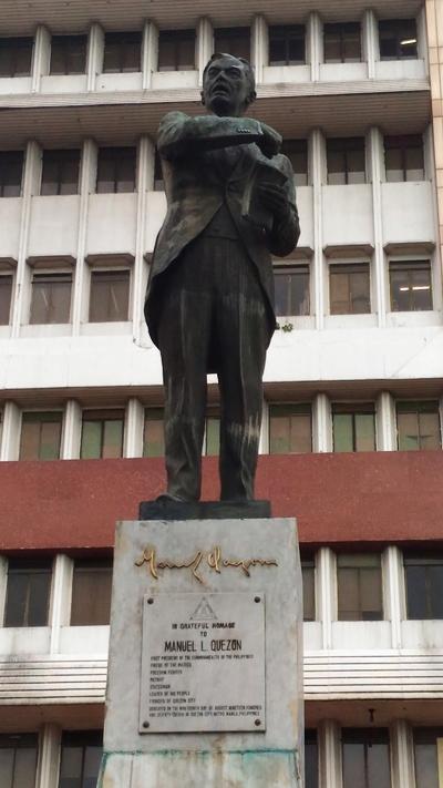 Statue of Manuel L Quezon